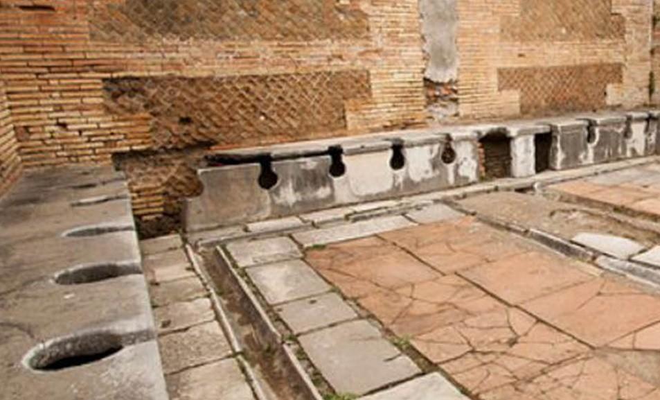 Древнеримский туалет