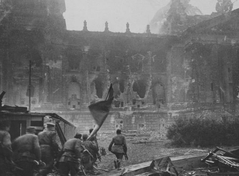 30 апреля 1945 года разрушенный Берлин